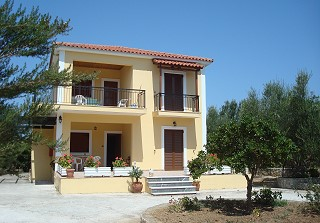 Loggos Apartments